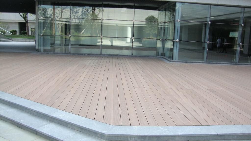 塑木地板和塑木类景观回