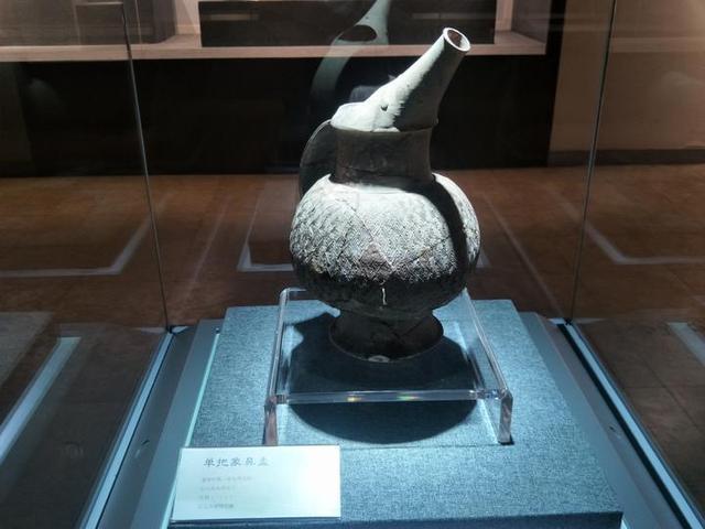 質樸而原始,幾千年前陶瓷的真實模...