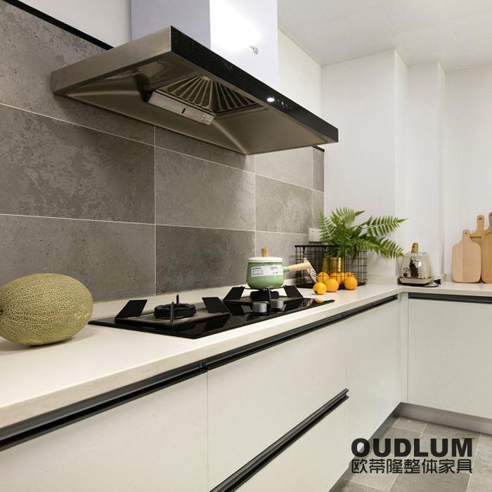 常州厨房装修整体橱柜进口亚克力门石英石台面现代风格橱柜定制C201