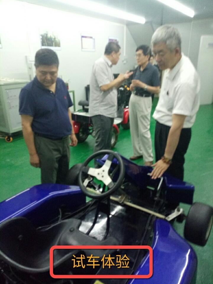 中國民營科技促進會在實驗室中試...