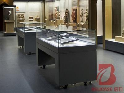 博物馆桌柜M022
