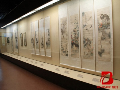 博物馆沿墙柜M041