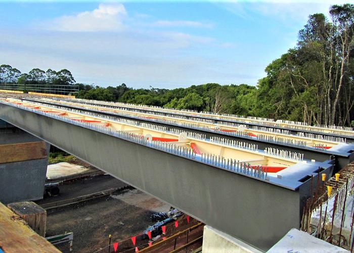 清威高速3標段鋼結構橋梁