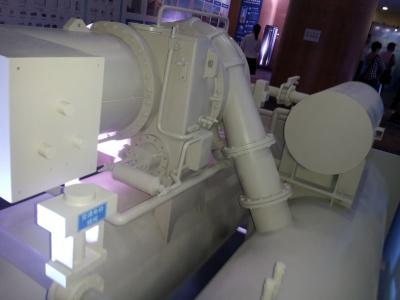 超高效双级压缩降模式离心机组3